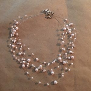 Jewelry - Beautiful light pink faux pearl necklace